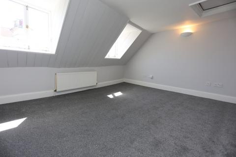 2 bedroom flat to rent - St James Street, Brighton