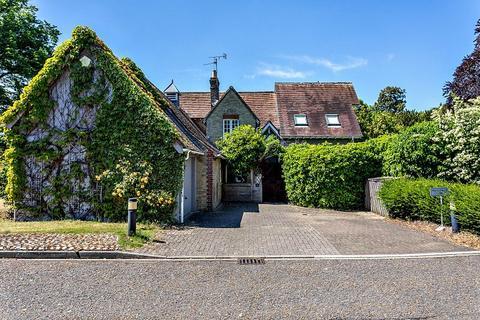 4 bedroom detached house to rent - Southacre Drive, Cambridge, CB2
