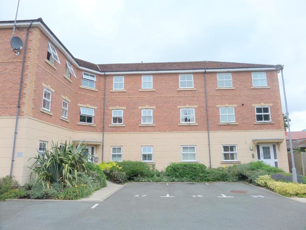 2 Bedrooms Apartment Flat for sale in Cysgod Y Bryn, Rhos On Sea, Colwyn Bay