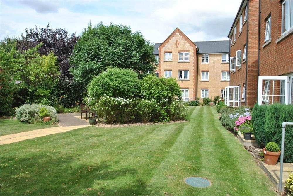 1 Bedroom Retirement Property for sale in Albert Court, Railway Street, BRAINTREE, Essex