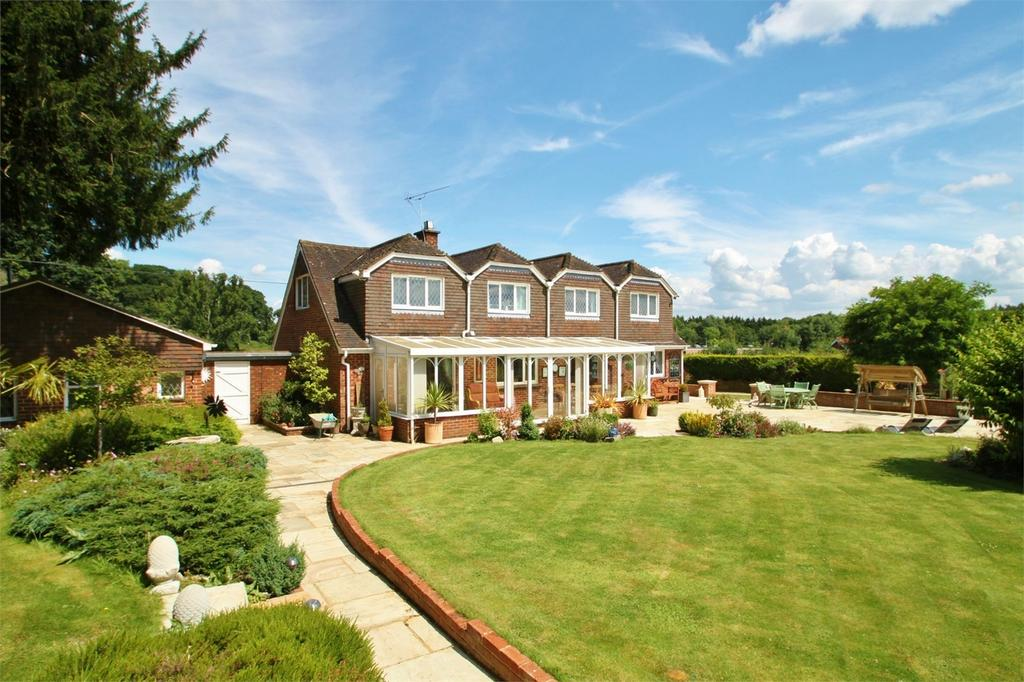 6 Bedrooms Detached House for sale in Brook, Bramshaw, Hampshire