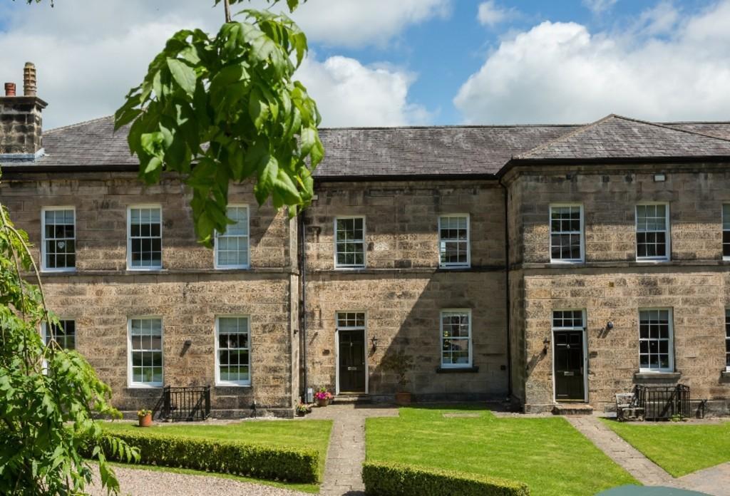 3 Bedrooms House for sale in 4 Standen Park House, Lancaster, Lancashire, LA1 3FF