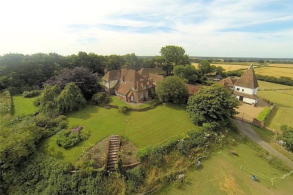 6 Bedrooms Detached House for sale in Goldwell Lane, Great Chart, Ashford