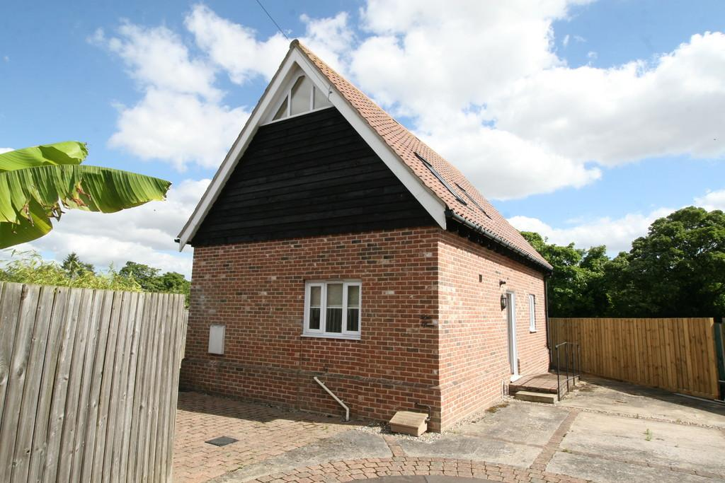 2 Bedrooms Detached House for sale in Framlingham, Suffolk
