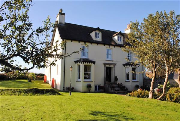 7 Bedrooms Detached House for sale in Upper Portclew House, Portclew Road, Freshwater East