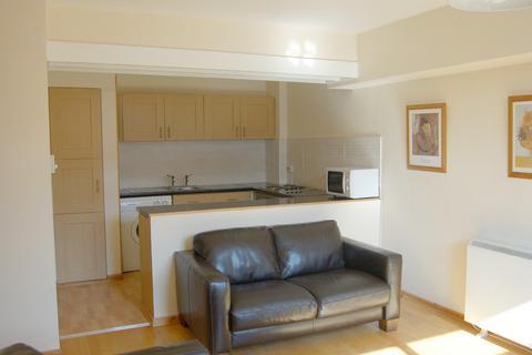 2 bedroom apartment to rent - Bath Lane, FLAT 6