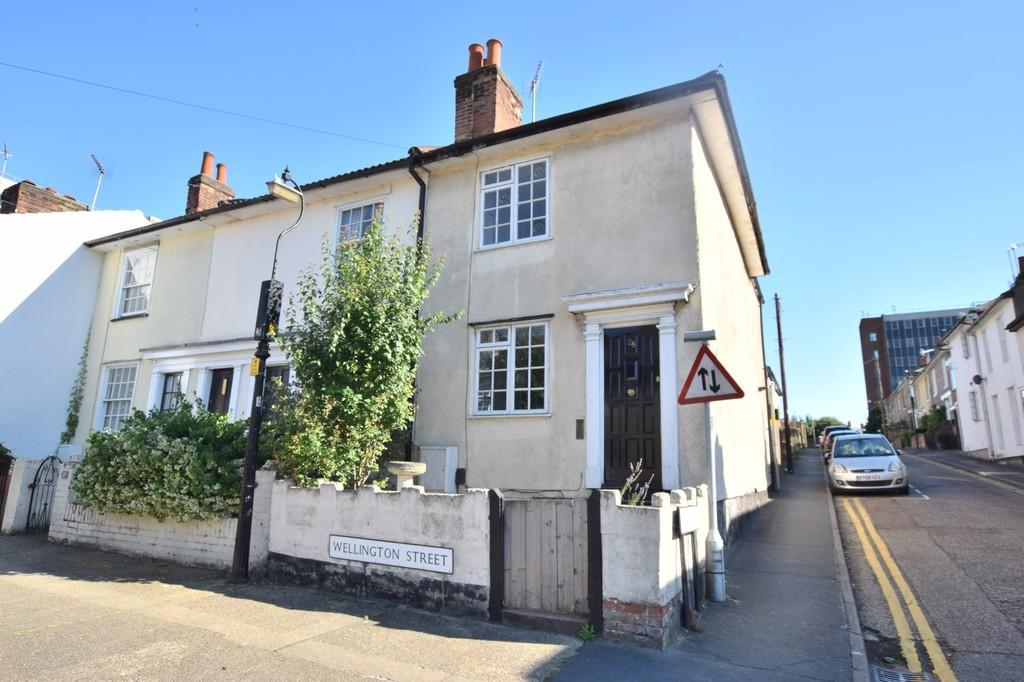 2 Bedrooms End Of Terrace House for sale in Wellington Street, Colchester, CO2 7BH