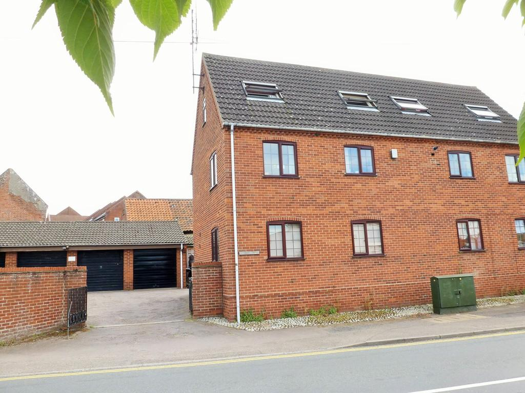 1 Bedroom Ground Flat for sale in North Walsham