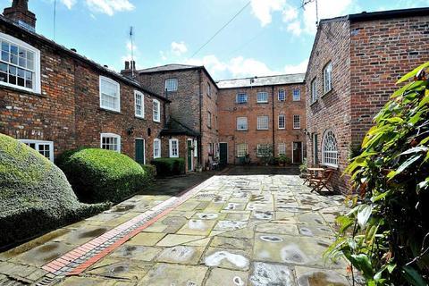 1 bedroom apartment to rent - Regents Court