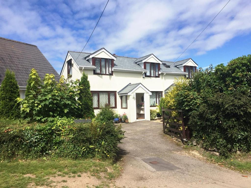3 Bedrooms Detached House for sale in Grove Hill, Mawnan Smith, Falmouth