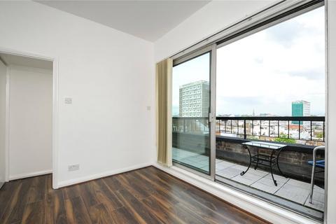 3 bedroom flat to rent - Campden Hill Gardens, Kensington, London