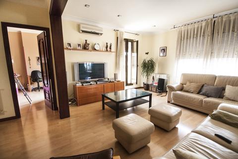 4 bedroom flat  - Principe de Asturias, Catalunia, Barcelona