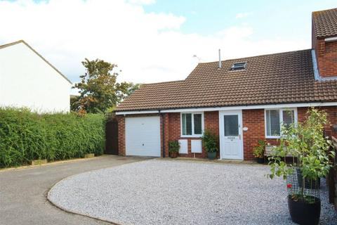 3 bedroom semi-detached bungalow for sale - Tarrant Close, Canford Heath, POOLE, Dorset