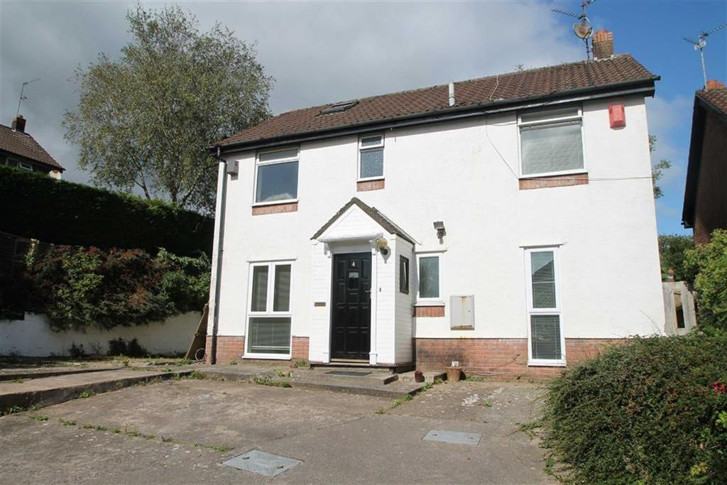 3 Bedrooms Detached House for sale in Derwent Close, Thornhill, Cardiff