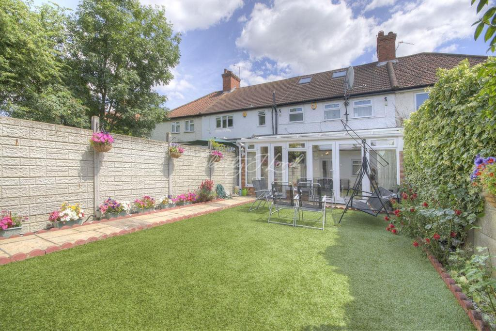 3 Bedrooms Terraced House for sale in Highfield Road, Acton W3