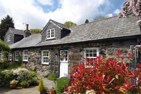 3 bedroom cottage for sale - Pistyll Du, Rowen, LL32 8YR