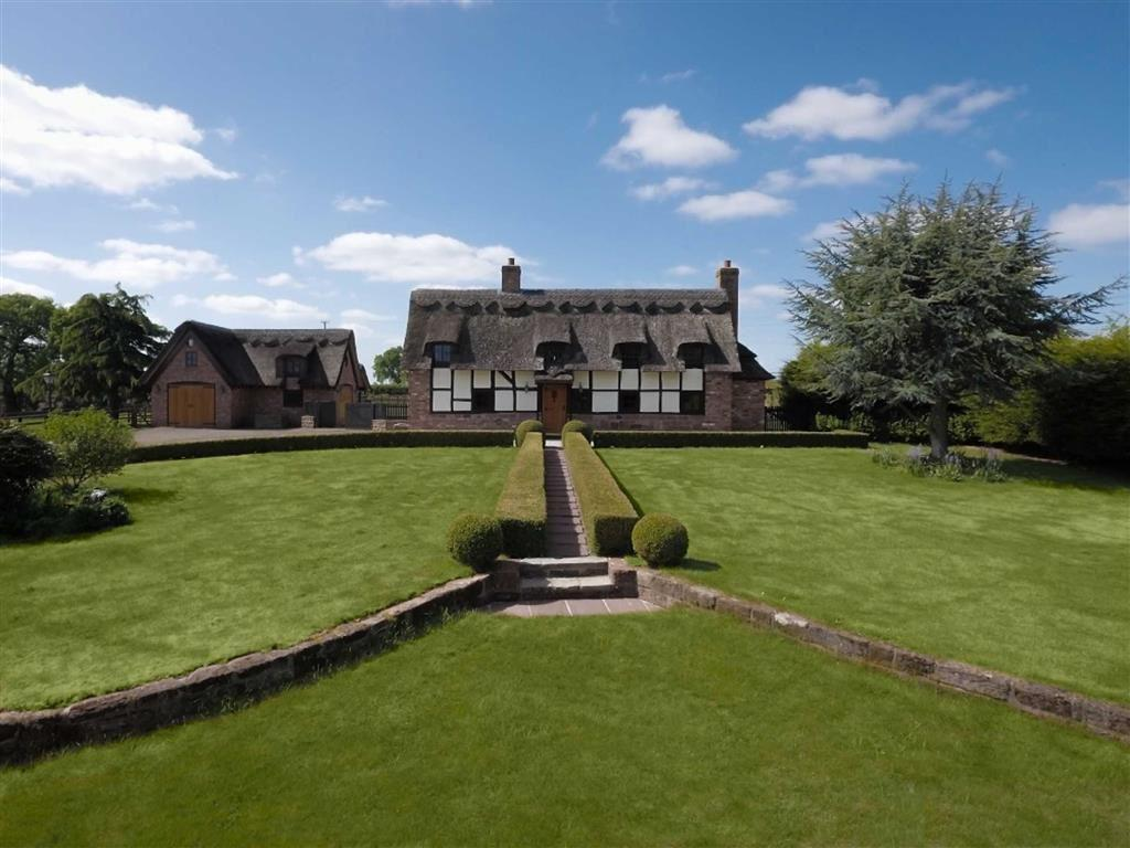 4 Bedrooms Cottage House for sale in Alpraham, Alpraham Tarporley, Cheshire