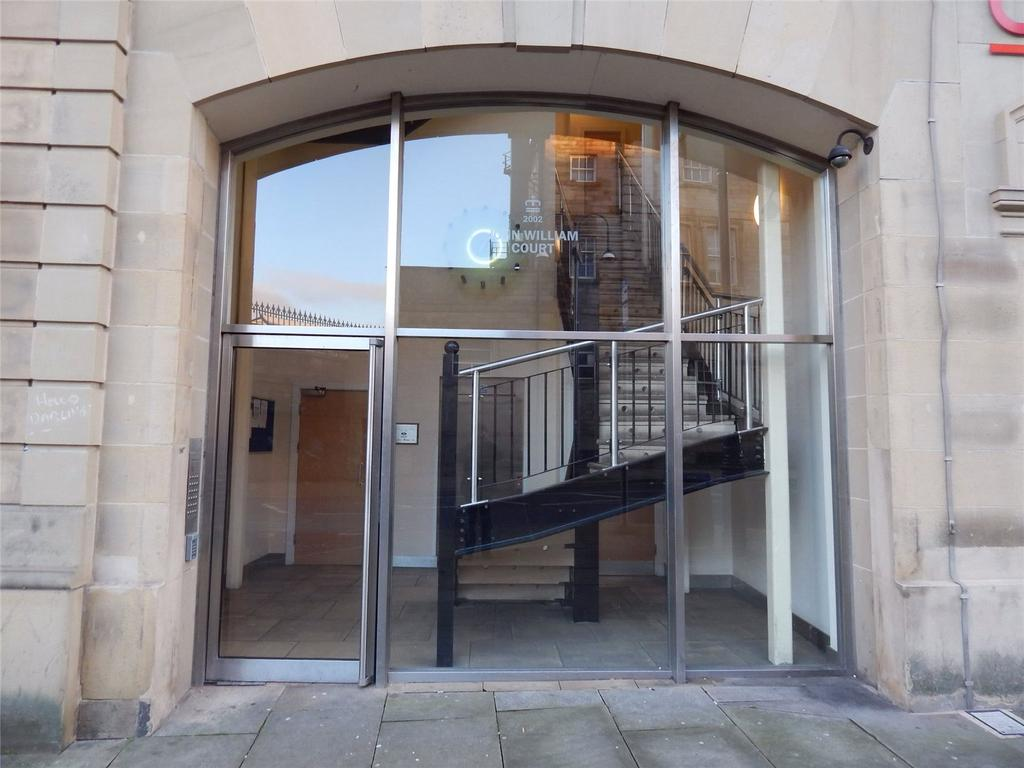1 Bedroom Apartment Flat for sale in John William Court, Huddersfield, HD1