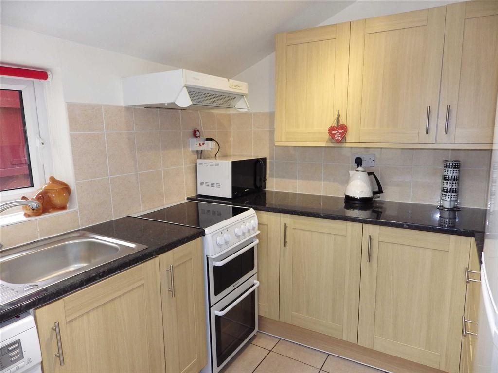 2 Bedrooms Terraced House for sale in Sunnybank Street, Haslingden, Rossendale, Lancashire, BB4