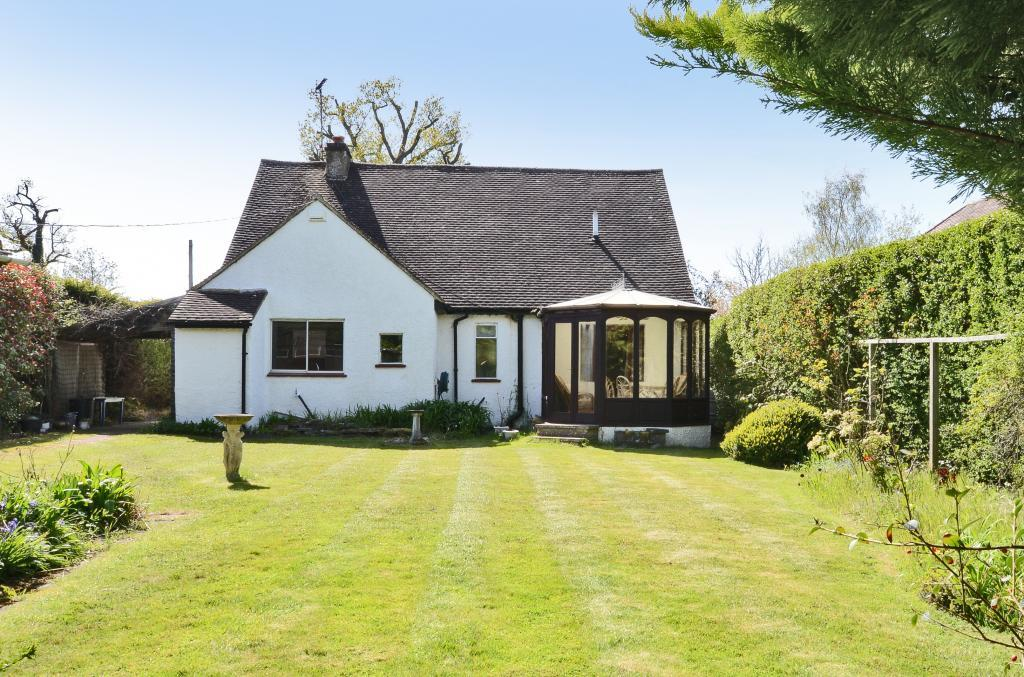 3 Bedrooms Detached House for rent in West Horsley