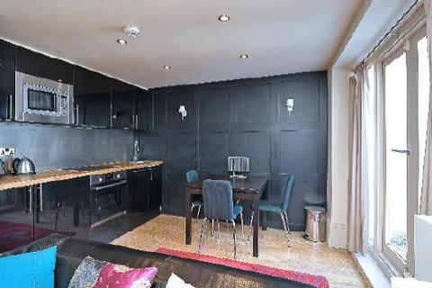 2 bedroom flat to rent - Trinity Road, London, SW17