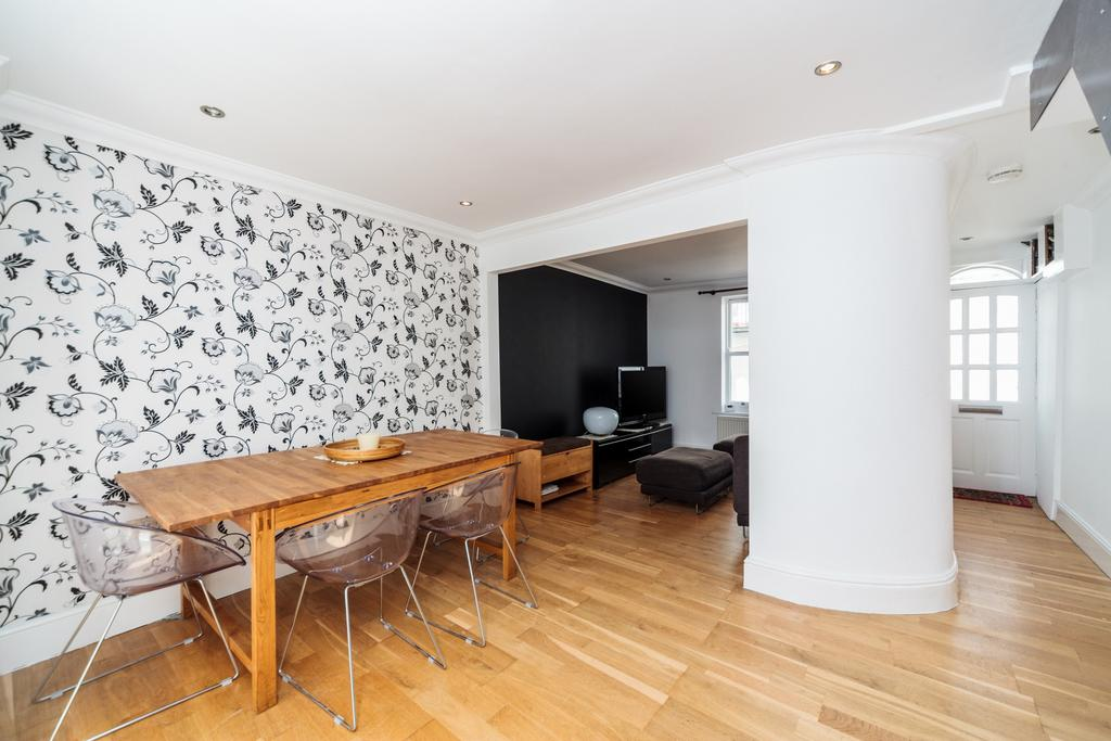 3 Bedrooms Town House for rent in Norfolk Buildings, Brighton, BN1