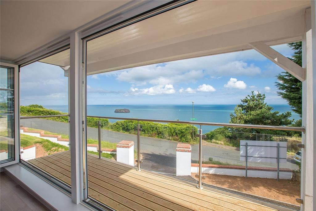 5 Bedrooms Detached House for sale in Ilsham Marine Drive, Torquay