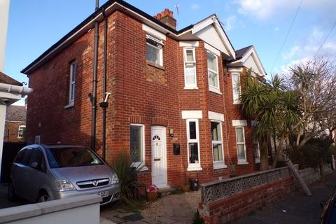 3 bedroom semi-detached house to rent - Cyril Road, Bournemouth