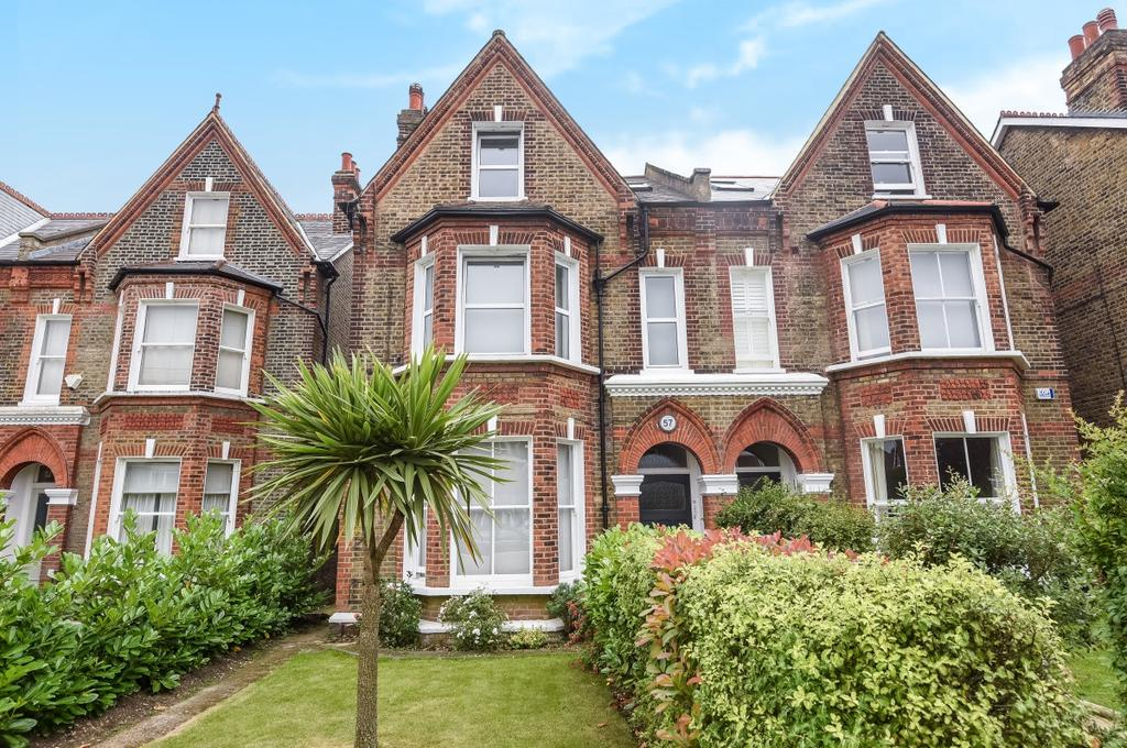 5 Bedrooms Semi Detached House for sale in Coleraine Road London SE3