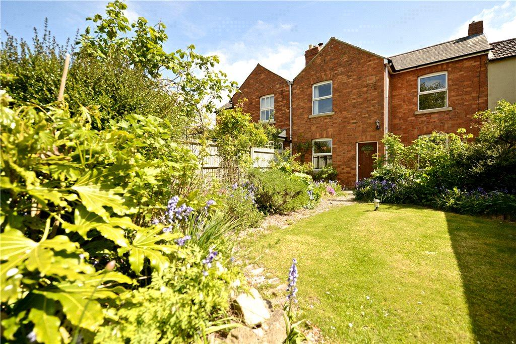 2 Bedrooms Terraced House for sale in Hazel Row, Hanslope, Milton Keynes, Buckinghamshire