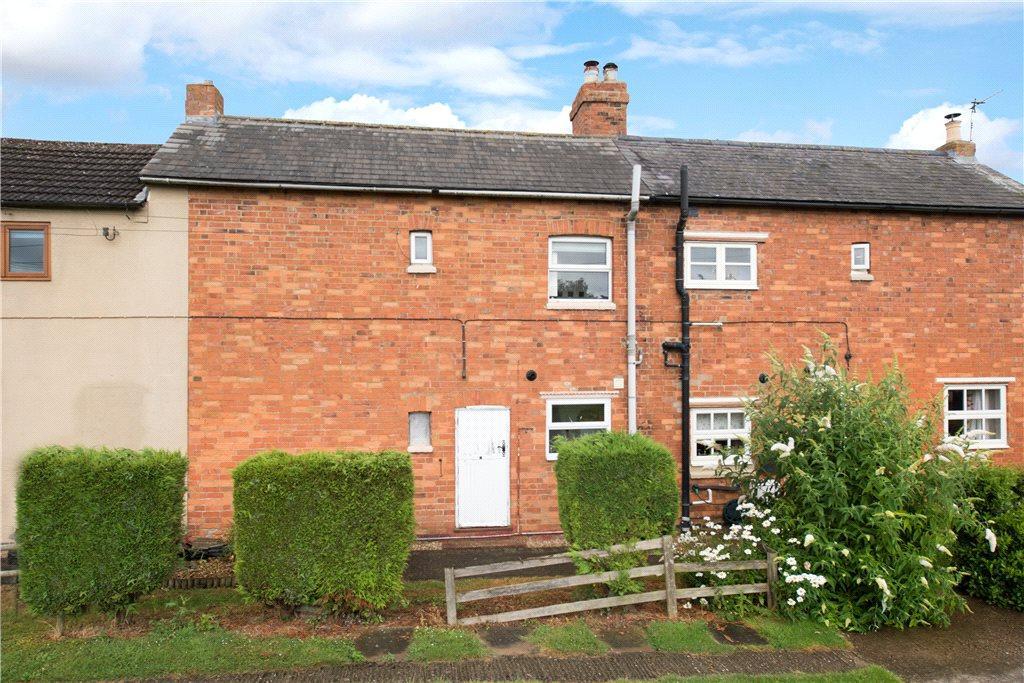 2 Bedrooms Terraced House for sale in Hazel Row, Hanslope, Milton Keynes, Buckinghamshire