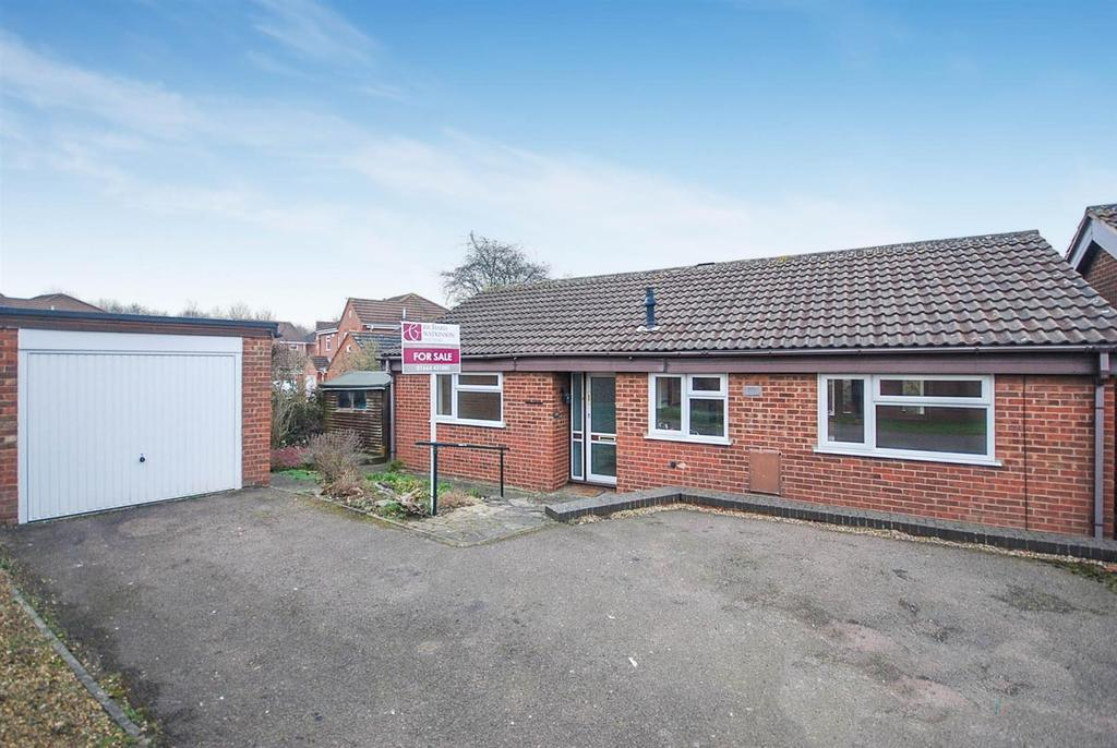 3 Bedrooms Detached Bungalow for sale in Redwood Avenue, Melton Mowbray
