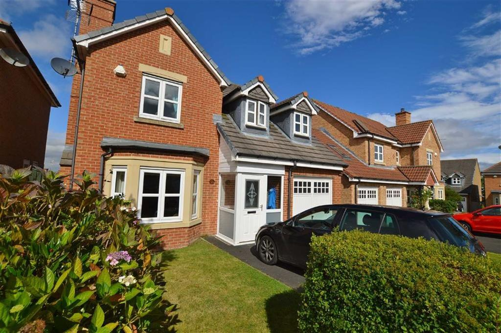 4 Bedrooms Detached House for sale in Younghall Close, Greenside