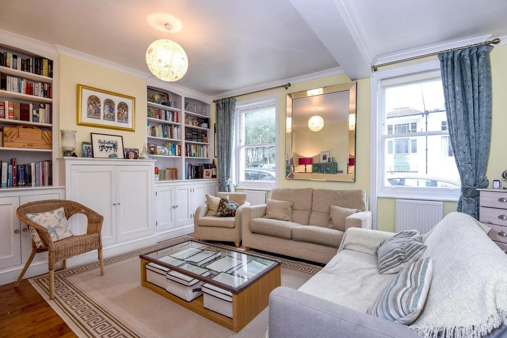 2 Bedrooms Flat for sale in Hornsey Lane Gardens, Highgate, N6