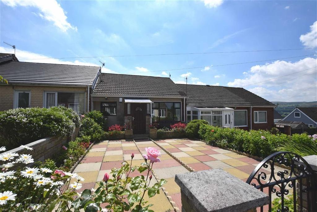 2 Bedrooms Bungalow for sale in Ridge Avenue, Burnley, Lancashire