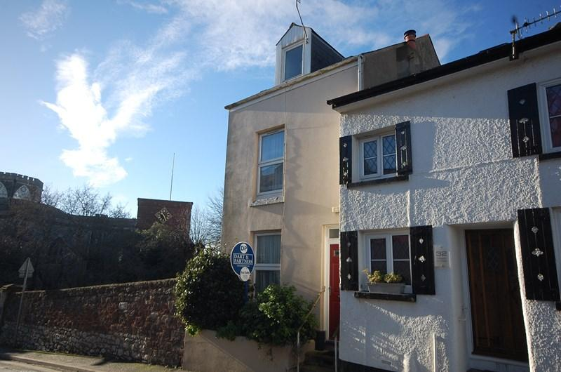 4 Bedrooms End Of Terrace House for sale in Exeter Street, Teignmouth