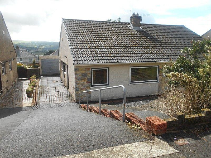 3 Bedrooms Semi Detached House for sale in Drymau Park, Skewen, Neath, Neath Port Talbot.