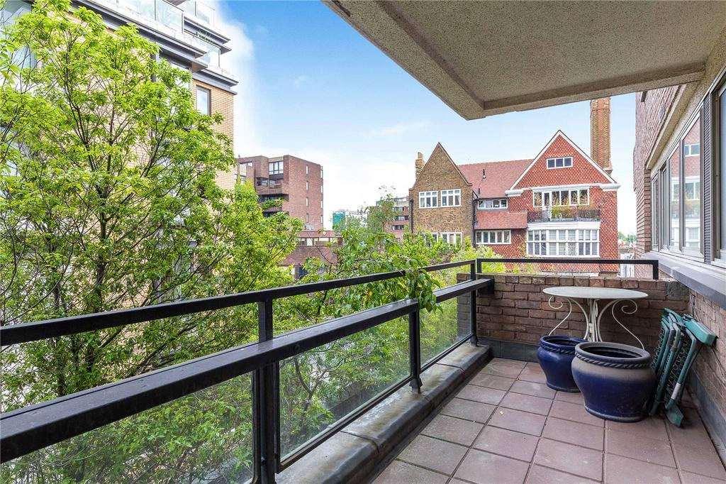 1 Bedroom Flat for sale in Kensington Heights, 91-95 Campden Hill Road, London