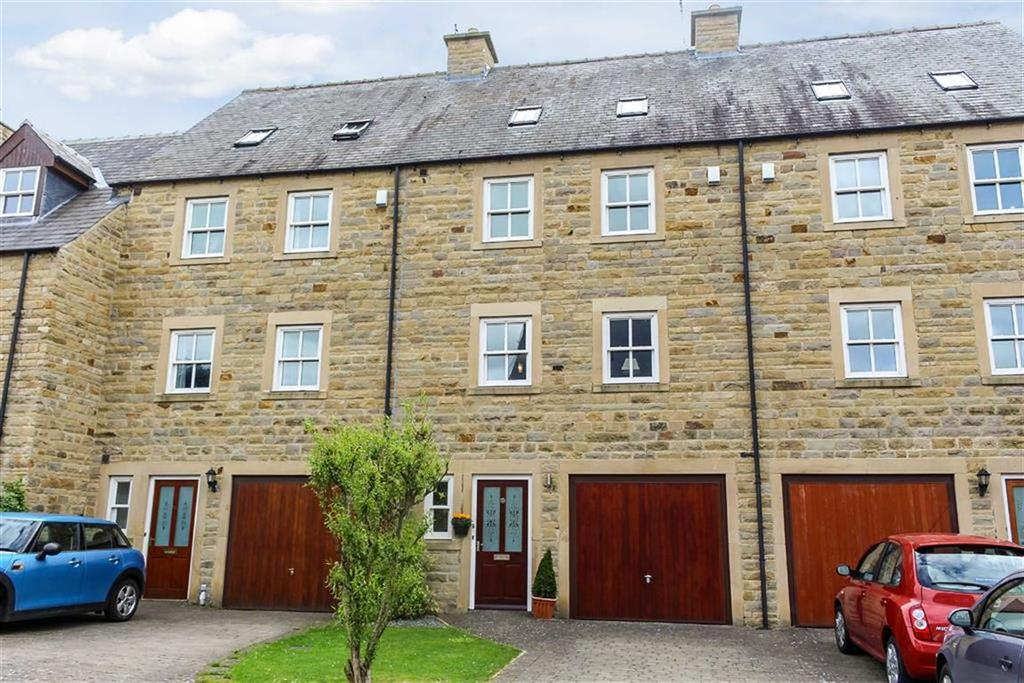 5 Bedrooms Town House for sale in Thorngate Place, Barnard Castle, County Durham