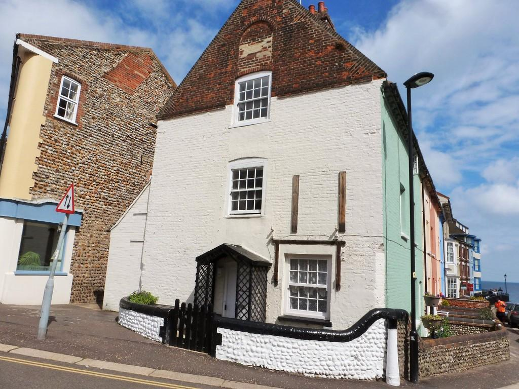 1 Bedroom End Of Terrace House for sale in Cromer