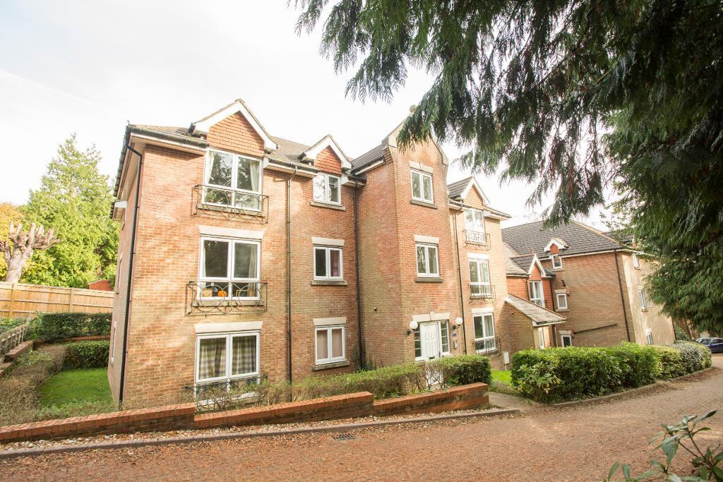 2 Bedrooms Apartment Flat for rent in Timberdown, Heathfield, East Sussex, TN21 8LS