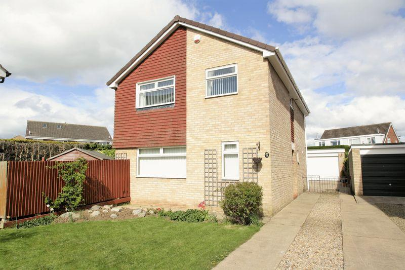 4 Bedrooms Detached House for sale in Denshaw Close, Fairfield, Stockton, TS19 7SJ