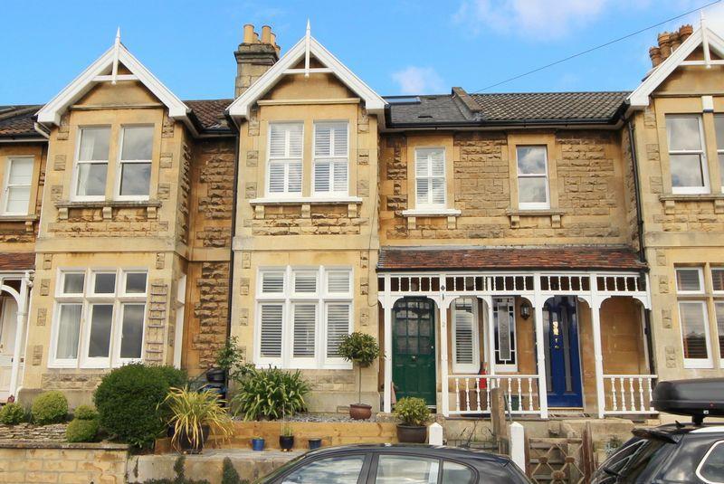 3 Bedrooms Terraced House for sale in Camden, Bath