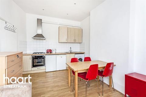 2 bedroom flat to rent - Gleneldon Road, SW16