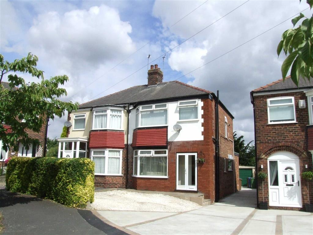 3 Bedrooms Semi Detached House for sale in Westfield Rise, Hessle, East Yorkshire, HU13