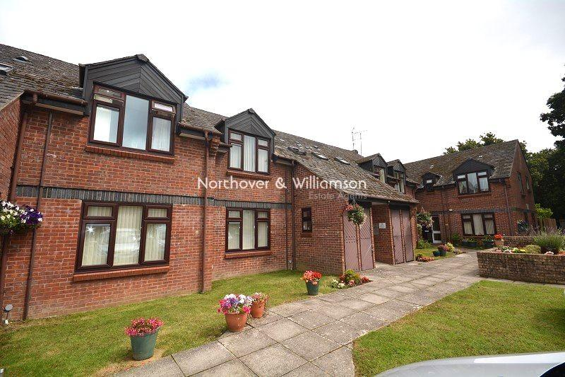 1 Bedroom Flat for sale in Oakmeadow Court, St. Mellons, Cardiff. CF3