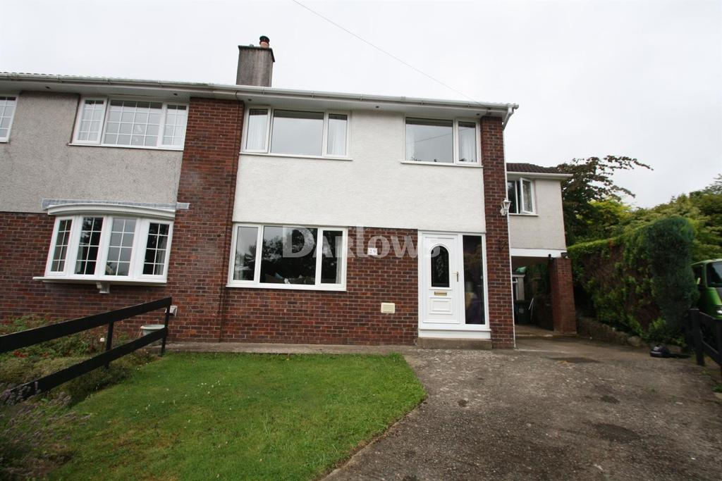 4 Bedrooms Semi Detached House for sale in St Davids Close, Penygarn