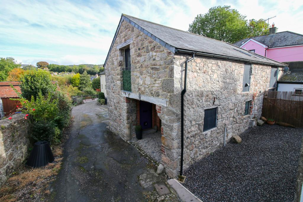 2 Bedrooms Barn Conversion Character Property for sale in Ford Street, Moretonhampstead