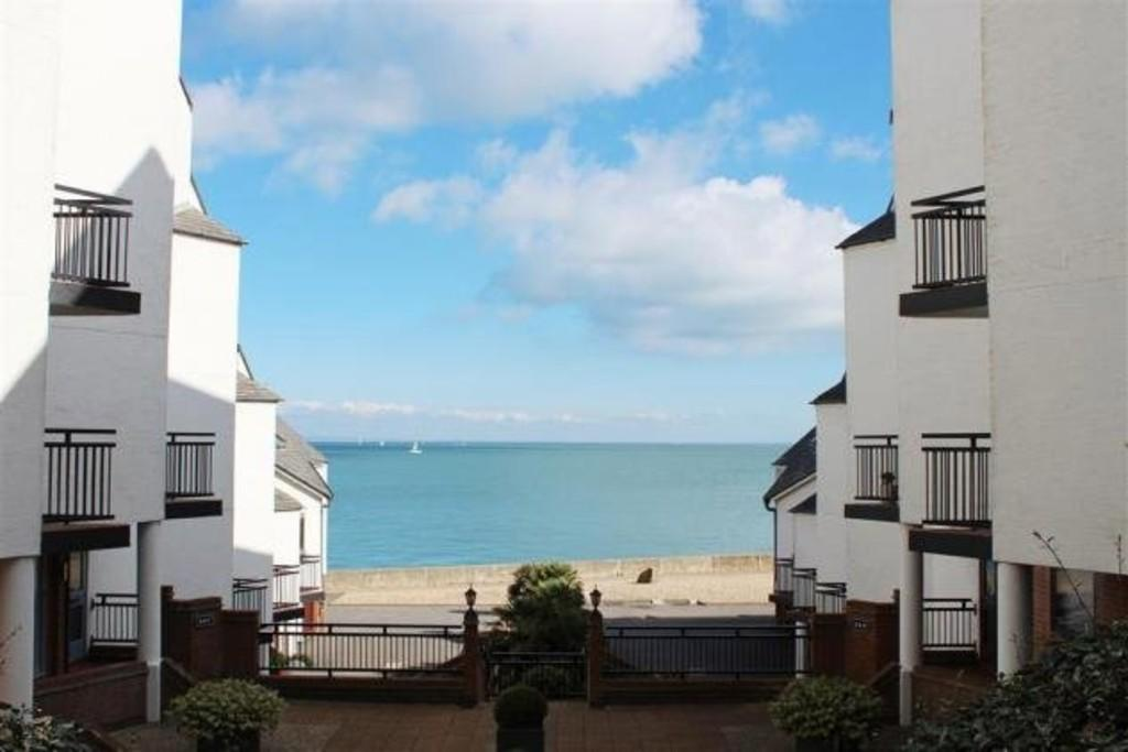 1 Bedroom Apartment Flat for sale in Pier Road, Seaview