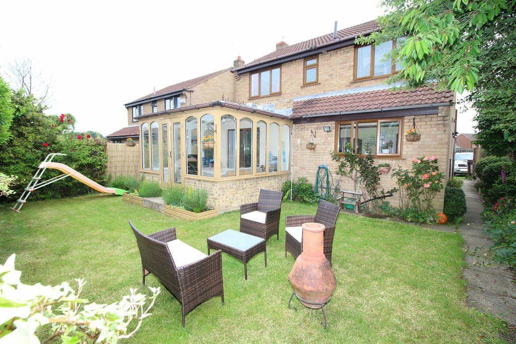 4 Bedrooms Detached House for sale in Falmouth Avenue, Normanton, Normanton, West Yorkshire